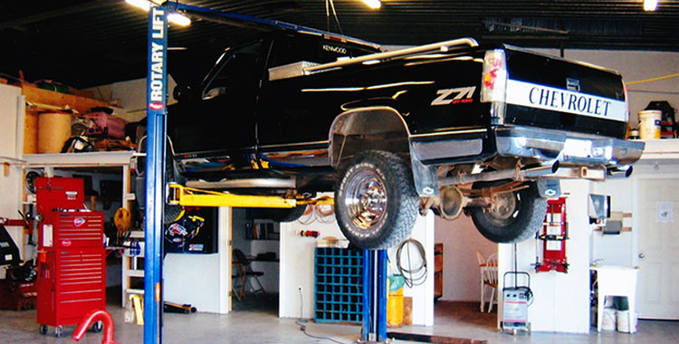 Mike Webb's Auto Works - Garage - Windsor NS